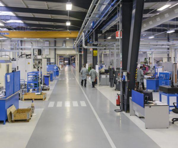 oznakowanie-poziome-fabryki-hale-produkcyjne4BC52CCE-D5EB-F9AF-520B-E03B00344474.jpg